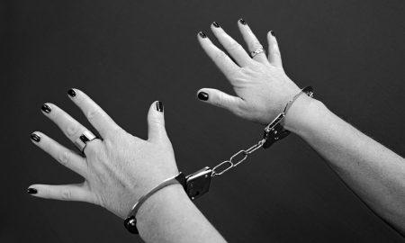 handcuffs-964522_960_720