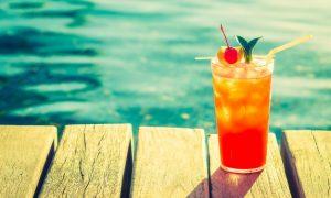 naranja-partido-rojo-playa-de-la-bebida_1203-5801