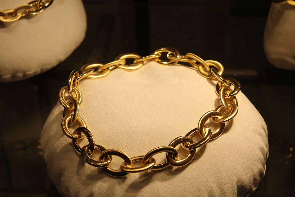 necklace-1738881_960_720