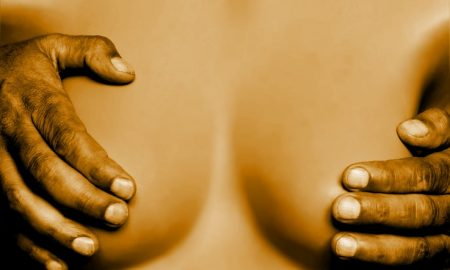 breasts-1008881_960_720