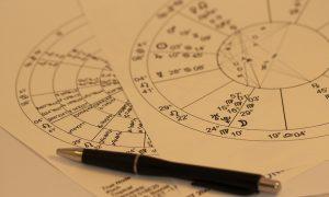 horoscope-993144_960_720