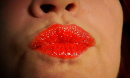 lips-1773141_960_720