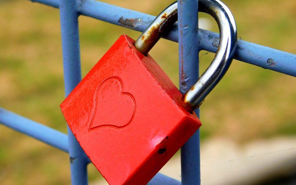 love-castle-1802029_960_720
