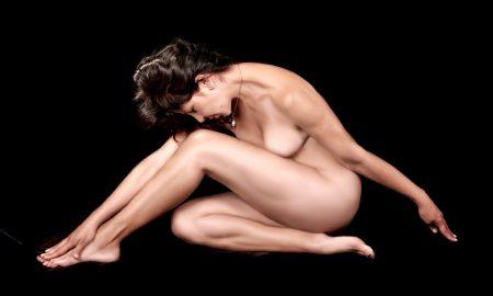 naked-459711_960_720