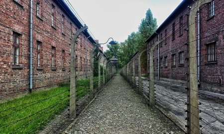 nazi-concentration-camp-2299550_960_720