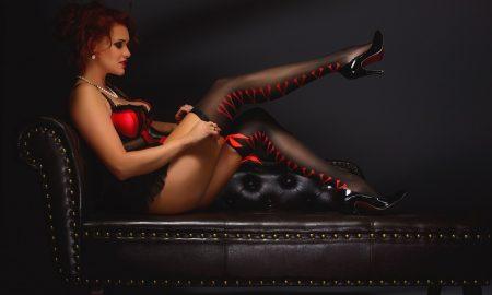 erotic-2704262_960_720